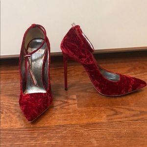 Oscar de la renta red velvet heels